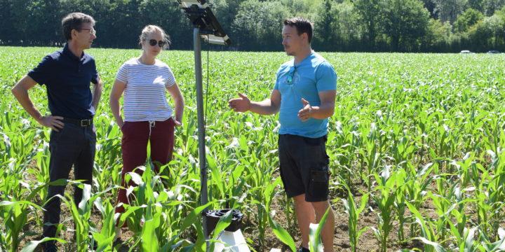 🆕 Les 183 agriculteurs des groupes 30 000 – AgilEMC2 passent au numérique